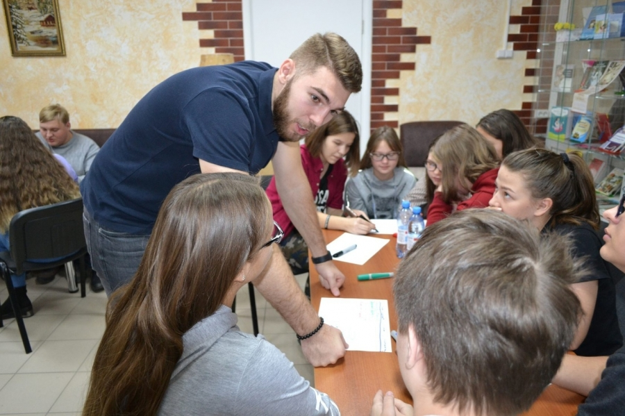 Школьников будут обучать основам бизнеса