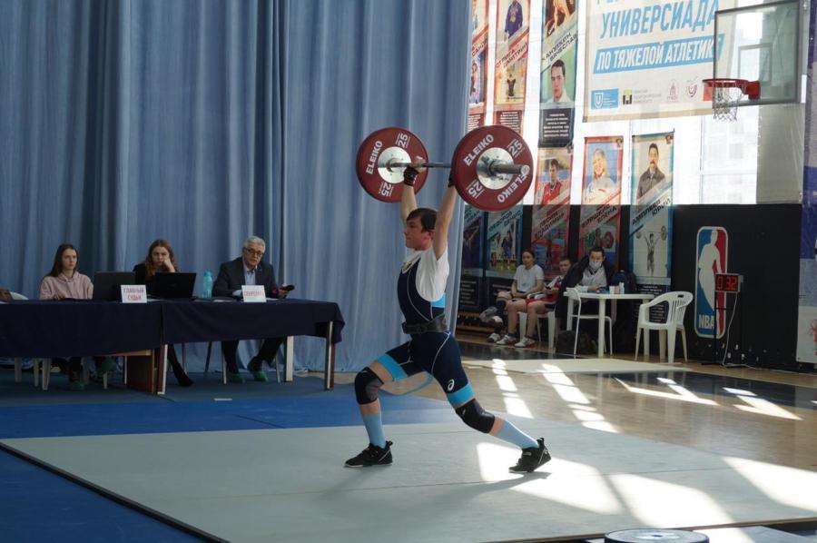 Очередные успехи северских тяжелоатлетов