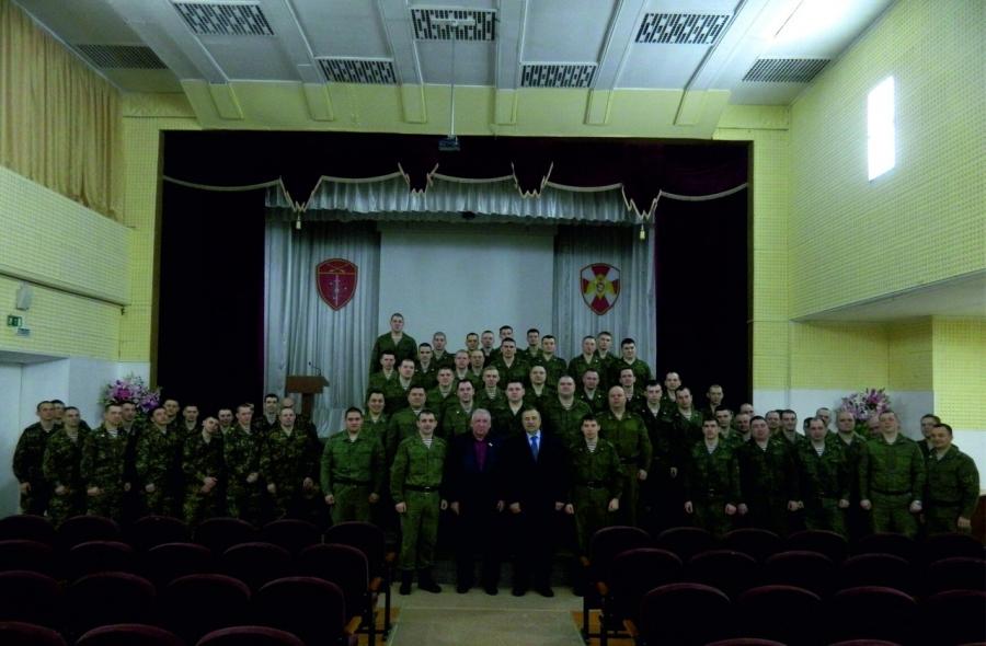 В северском соединении Росгвардии прошла встреча личного состава с заслуженным ветераном Томской области