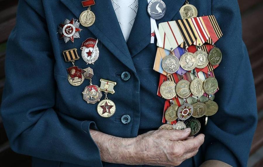 5293 ветерана получили выплату к юбилею Победы