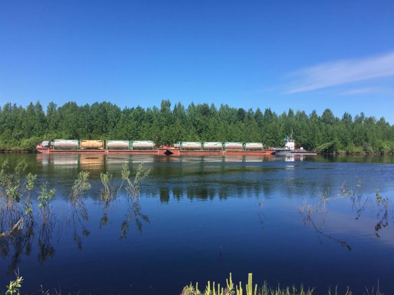 Благодаря томским активистам ОНФ с берегов реки Васюган в Каргасокском районе убрано 100 тонн ржавых массивных металлоконструкций