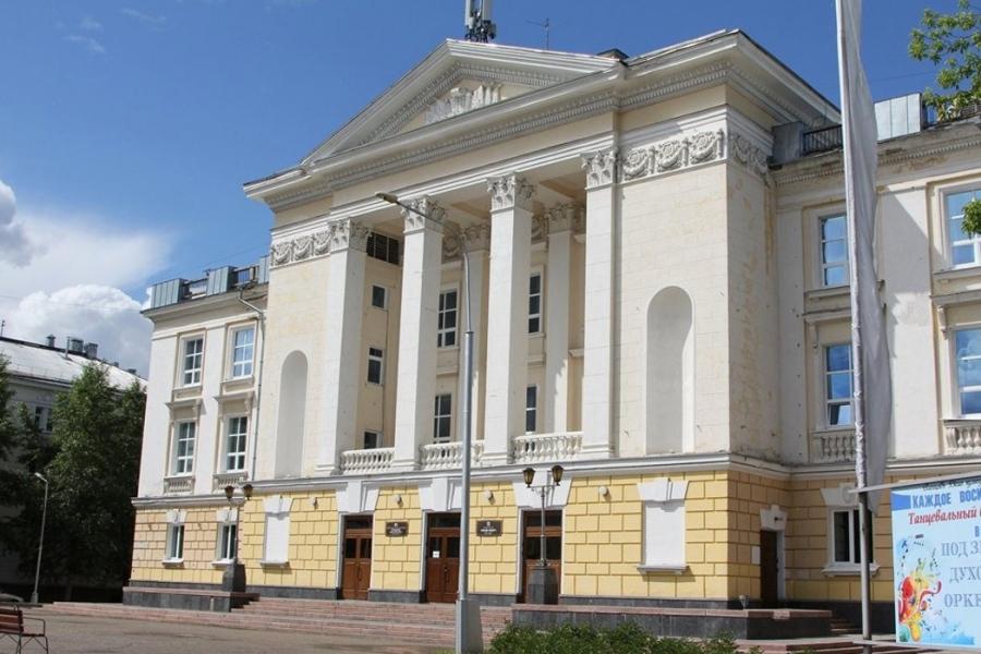 Губернатор Сергей Жвачкин принял решение открыть театры, кино и ДК