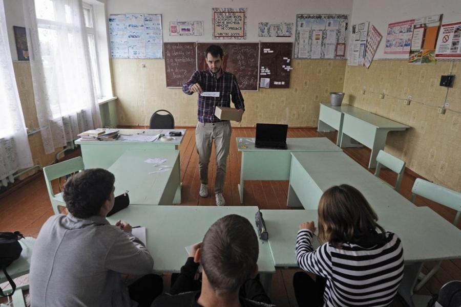 «Земские учителя» в Томской области получили по миллиону рублей