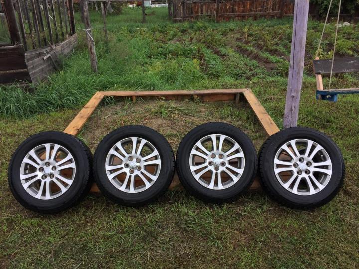 Северчанин хотел купить колеса в интернете, но стал жертвой мошенников