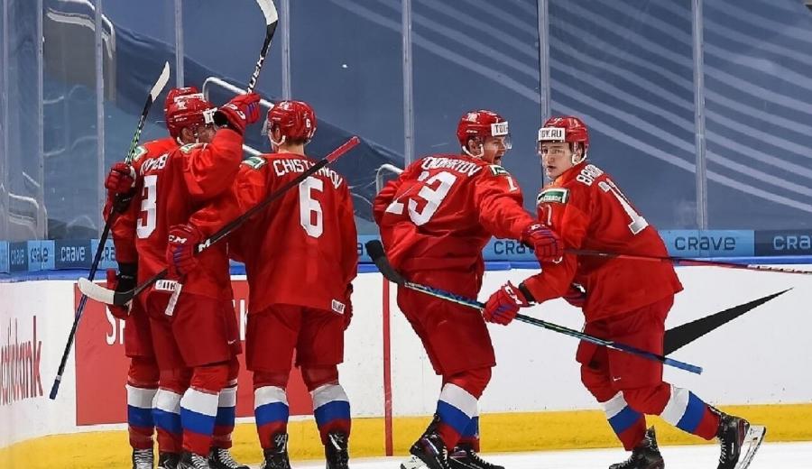 Игрок молодежной сборной России Захар Бардаков, родившийся в Северске, попал в список главных открытий молодежного чемпионата мира по хоккею по версии скаутов Национальной хоккейной лиги