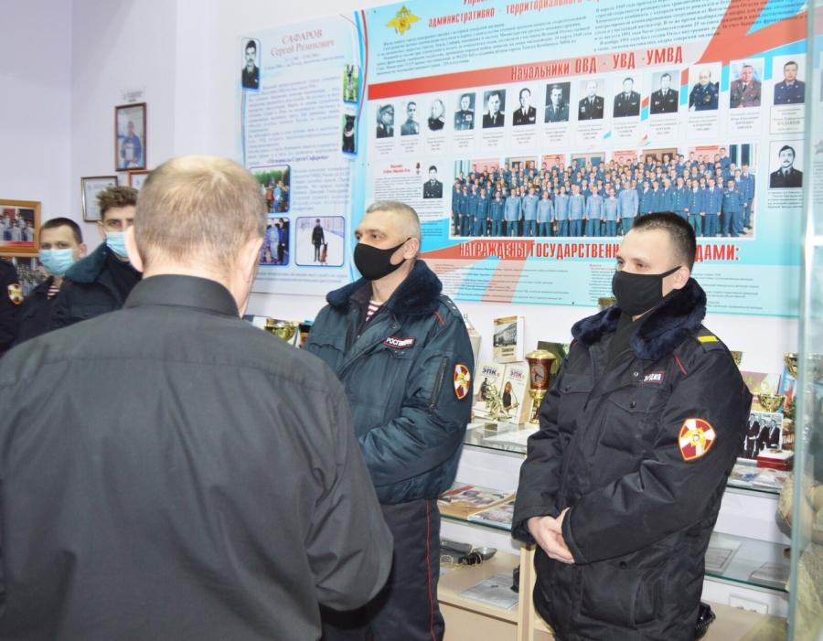 Ветераны органов внутренних дел встретились с росгвардейцами и рассказали об истории Афганской войны