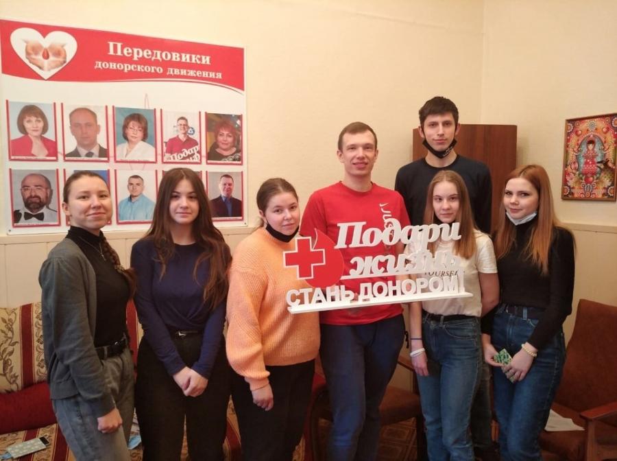 Волонтеры СПК присоединились к региональному проекту «Протяни руку помощи»