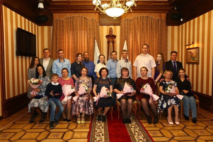 Многодетная северская семья получила награду ко Дню семьи