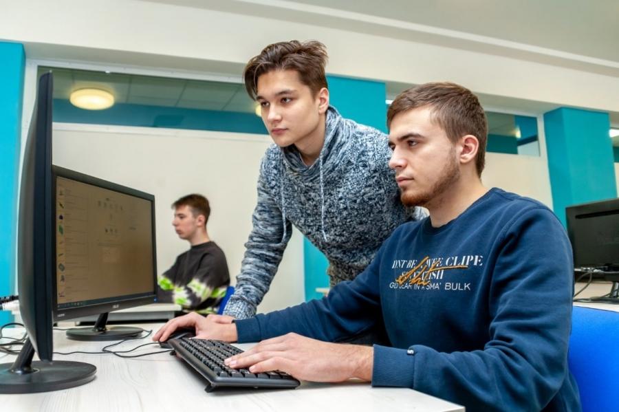 Северский промышленный колледж объявляет дополнительный набор по следующим специальностям: