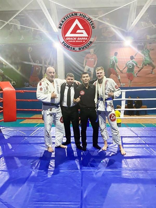Северчанин Максим Неручек победил удушающим приемом Владислава Михайленко в профессиональном поединке по джиу-джитсу