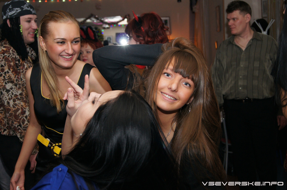 """Вечеринка в """"Pizza Bar"""" 25 декабря 2010 часть 1"""