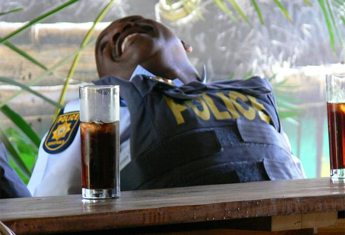 Полицейские из разных стран
