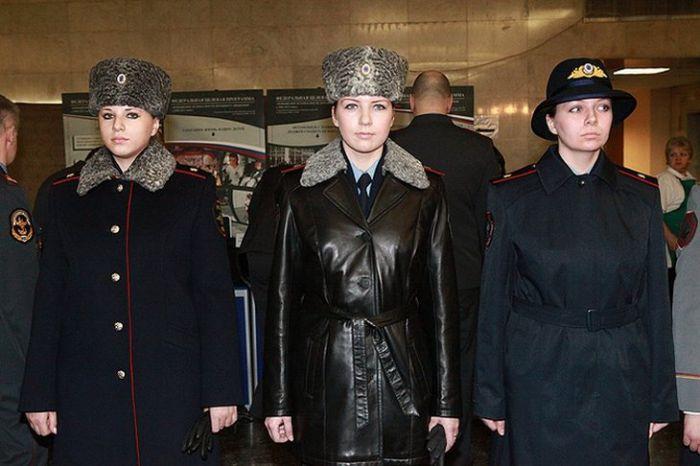 Образцы новой формы для российских полицейских
