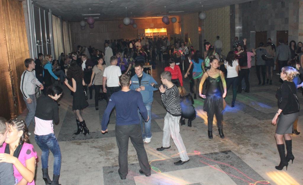 как клева танцевать на дискотеке
