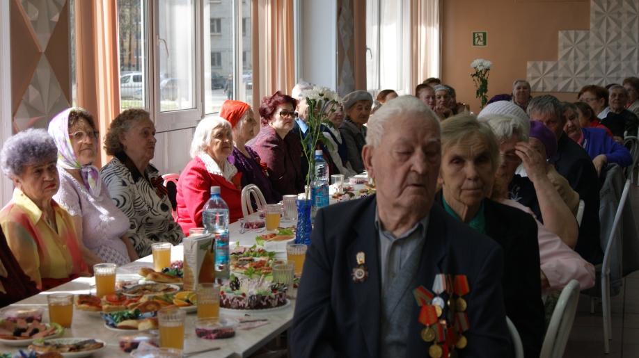 Встреча ветеранов Великой отечественной войны и тружеников тыла в школе № 197