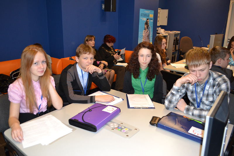 В Томске состоялось заседание секции для школьников «Ядерные технологии — шаг в будущее»